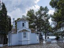 在老鼠海岛上的教堂在科孚岛希腊海岛上  免版税图库摄影