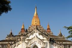在考古学复合体的阿南达Pahto寺庙在Bagan 免版税库存图片