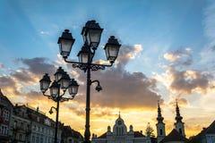 在联合正方形,蒂米什瓦拉,罗马尼亚的老灯 免版税库存图片