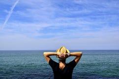 在肋前缘da Caparica,里斯本,葡萄牙的大西洋海岸 库存图片