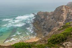 在肋前缘Vicentina的有雾的早晨,葡萄牙 库存照片