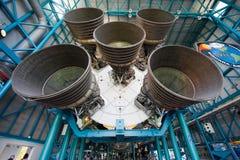 在肯尼迪航天中心的土星v火箭 免版税图库摄影