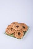 在背景的曲奇饼或圆环饼干 免版税库存图片