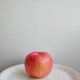 在背景的苹果计算机 库存照片