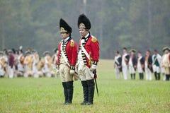 在胜利,约克镇围困再制定225th周年的第23皇家威尔士Fusiliers在约克镇的,  免版税图库摄影