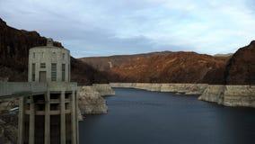 在胡佛水坝附近的科罗拉多河 股票视频