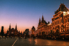 在胶百货商店的日落在莫斯科,俄罗斯 免版税图库摄影