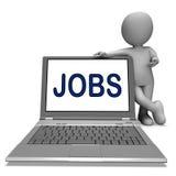 在膝上型计算机的工作显示行业就业或在网上聘用 免版税库存照片