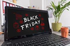在膝上型计算机的黑星期五概念 免版税库存照片