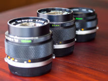 在自然光一起组成的不同的OM透镜 免版税库存照片