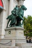 在自然历史博物馆,曼哈顿的西奥多・罗斯福雕象 图库摄影