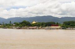 在自然泰国缅甸和的老挝之间的金黄三角边界 免版税图库摄影