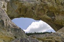 在舒门附近,保加利亚镇的奇怪的岩层,名为Okoto 免版税库存图片