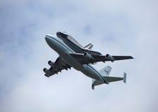 在航天飞机的发现飞行 库存图片