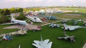 在航空博物馆的老航空器在基辅 股票录像