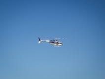 在航空的直升机 免版税库存照片