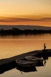 在船坞的划艇在日落的加利福尼亚 图库摄影