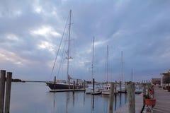 在船坞的小船在Beaufort,北卡罗来纳 免版税库存照片