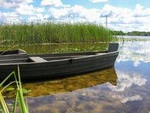 在船坞的小船 图库摄影