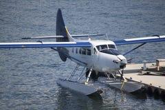 在船坞的水上飞机 图库摄影