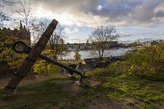 在船岛海岛上的斯德哥尔摩的船锚 免版税库存图片