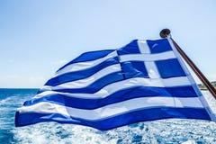 在船的希腊旗子 库存照片