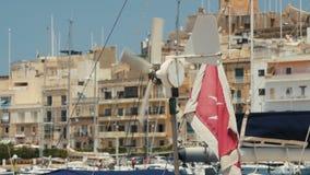 在船的马耳他旗子 股票录像