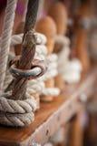 在船的绳索 库存图片