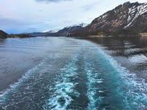 在船以后的苏醒在Lofoten/Vesteralen 库存图片