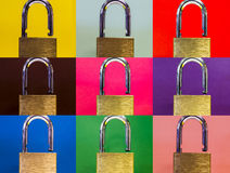 在色的背景的锁 免版税库存照片