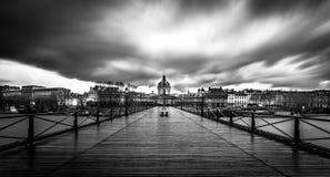 在艺术桥的雨天 库存图片