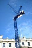 在艺术的皇家学院的蓝色起重机塔 免版税图库摄影
