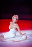 在节奏体操世界冠军的节日音乐会 库存图片