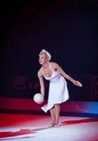 在节奏体操世界冠军的节日音乐会 库存照片