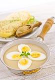 在芥末酱的鸡蛋 免版税库存图片