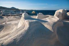 在芦粟海岛& x28海岸的矿物形成; 月亮landscape& x29;爱琴海 免版税库存图片