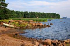 在芬兰海岸的海湾 库存照片
