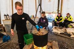 在芬马克郡烹调的巨蟹,挪威 库存照片