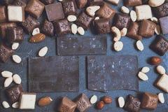 在花岗岩背景的Chokolate 免版税库存图片
