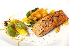 在花格的三文鱼有石灰的 免版税库存图片