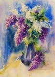 在花瓶水彩的痛苦的白色和紫罗兰色丁香花束  图库摄影