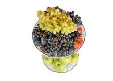 在花瓶的不同的果子 库存图片