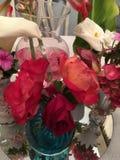 在花瓶的美丽的刻花 免版税库存照片