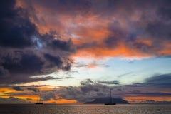 在花花公子Vallon海滩的日落 免版税库存图片