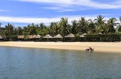 在芽庄市海滩,越南的手段 免版税库存照片