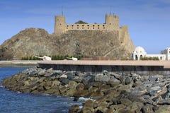 在苏丹的宫殿复合体的海洋防御与Al加拉利堡垒 免版税库存图片