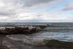 在苏必利尔湖的风暴,白鲑点海滩,契皮瓦县,密执安,美国 库存图片