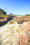 在苏族瀑布,南达科他,美国的瀑布 免版税库存照片