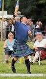 在苏格兰铅球的高地比赛 库存照片