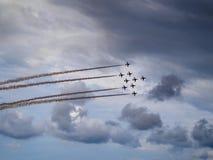 在苏格兰Airshow的红色箭头2018年 库存照片
